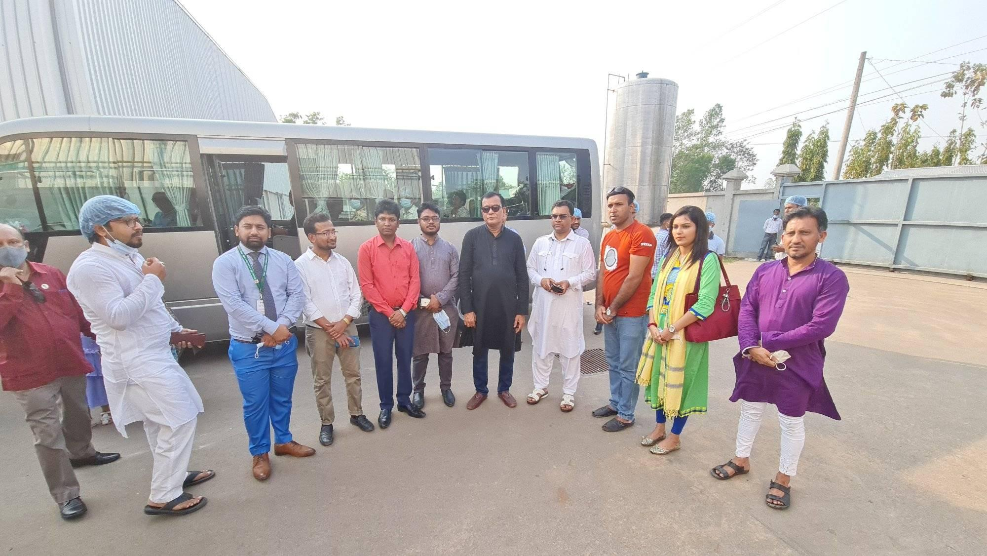 A group from Prime Minister's office visit our factory
